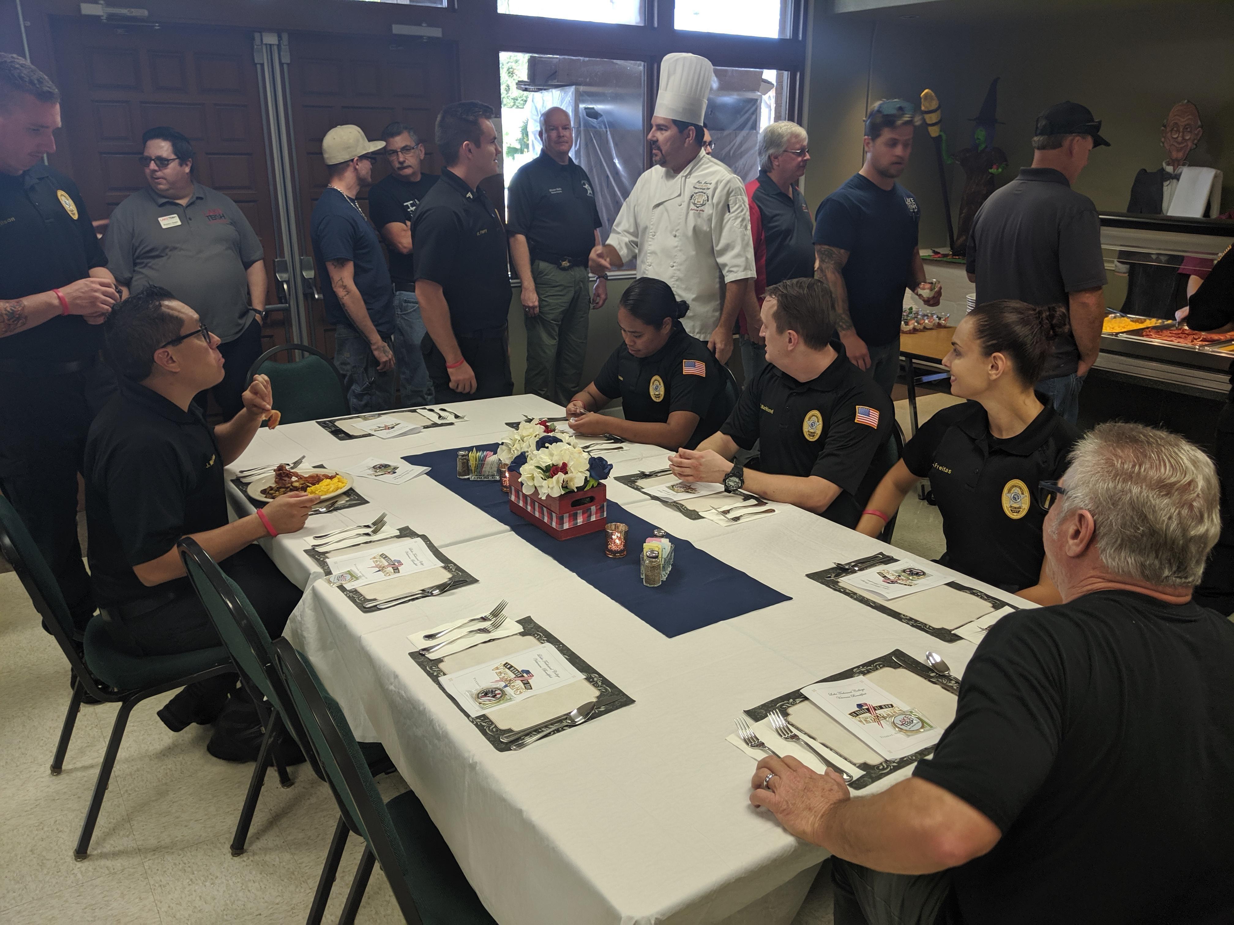 Veterans Breakfast6 110819 Student Affairs 11/08/19