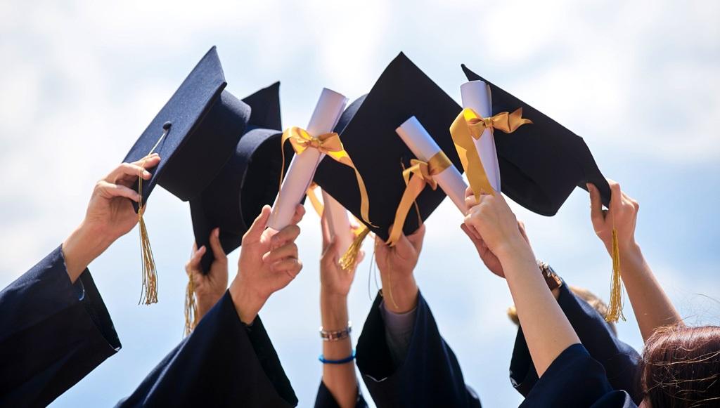 Graduation 061021 2020 2021 Graduation is June 10th!